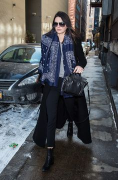 Kendall Mixed Navy and Black on the Street
