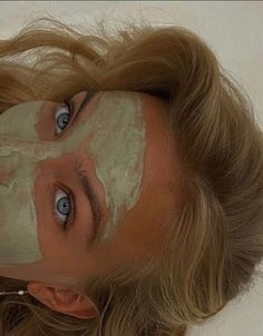 Mint Green Aesthetic, Aesthetic Colors, Aesthetic Pictures, Face Aesthetic, Aesthetic People, Aesthetic Beauty, Aesthetic Vintage, Acne Scars, Facial Scars