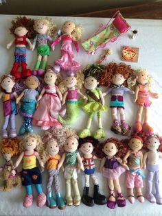 GROOVY GIRLS LOT 18 PLUSH DOLLS CHAIR BENDABLE DOLL