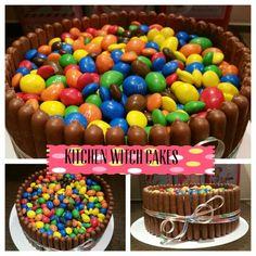 Chocolate cakey goodness Witch Cake, Cake Business, Kitchen Witch, Cake Decorating, Birthday Cake, Cakes, Chocolate, Desserts, Food