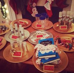 Favorite Things party details. I'd really like to do this next year!!!
