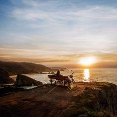Rincones de Galicia de los que a lo mejor no has oído hablar Spain Travel, Laos, Portugal, Sunrise, Mountains, World, Nature, Outdoor, Couple