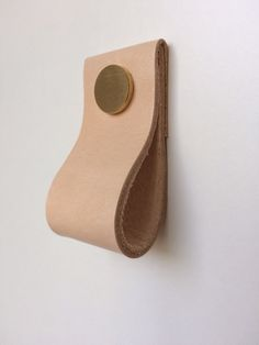 Natural look leather pull