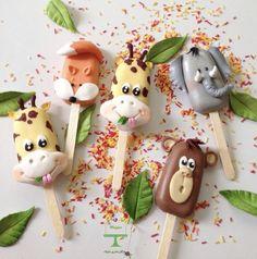 Magnum Paleta, Cake Decorating Piping, Safari Cakes, Fancy Cupcakes, Cake Tray, Animal Cupcakes, Gourmet Cookies, Macarons, Cupcake Shops