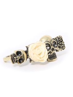 cheap fashion rings,Golden rings ,silver rings,doulbe rings for women and girl shop at http://gofavor.us/fashion-cheap-rings-c-47_43.html