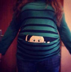 Baby peeking out shirt è la simpatica t-shirt premaman dedicata alle future mamme: chi si nasconde nella pancia? Viacommunity.thebump.com Designer: ND(3 voto/i, giudizio: 5,00 di 5) Articoli Correlati Baby Peeking Maternity Shirt 5 agosto 2013 Baby T-shirt 30 agosto 2014 Divertenti t-shirt per gemelli 11 ottobre 2014
