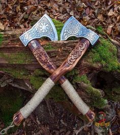 37 Best Axe/Tomahawks images in 2019 Viking Axe, Viking Warrior, Viking Sword, Viking Ship, Swords And Daggers, Knives And Swords, Machado Viking, Axe Handle, Battle Axe