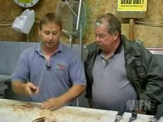 Segment from Going Fishing TV with Darryl Choronzey shows the proper way to fillet a Northern Pike with no bones left in the fillet. Fishing Tv, Fishing Videos, Fishing Knots, Going Fishing, Fishing Stuff, Cedar Plank Salmon, Cedar Planks, Pike Recipes, Seafood Recipes