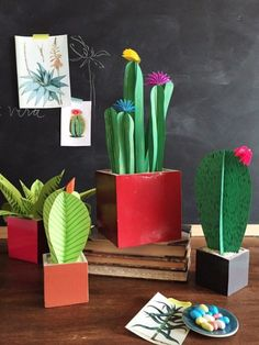 cactus craft Ive been wanting to create some paper plants for my house for ages now. You see, as much as I try and green thumb my way into cultivating gorgeous indoor plants, they just do Paper Succulents, Paper Plants, Diy Paper, Paper Art, Paper Gifts, Diy For Kids, Crafts For Kids, 3d Templates, Cactus Craft