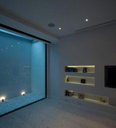 DIY make your own window well cover Basement Guest Rooms, Basement Windows, Modern Basement, Basement House, Basement Apartment, Basement Bathroom, Walkout Basement, Basement Flat, Patio Sous-sol