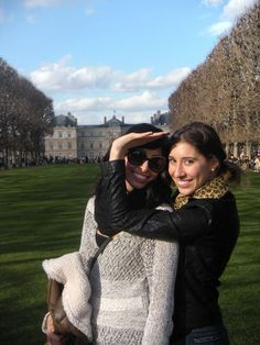 Sophomores dropping the gamma in Paris!