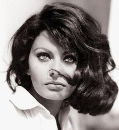 Sophia Loren - The Most Iconic Vintage Short Hairstyles - Photos
