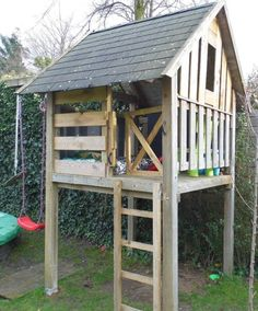 DIY play house - heck, I can do this...