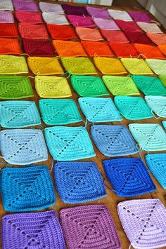 The Busy Bee: Rainbow blanket: Joining granny squares : The Busy Bee: Rainbow b. The Busy Bee: Rainbow blanket: Joining granny squares : The Busy Bee: Rainbow b… The Busy Bee: Granny Square Crochet Pattern, Crochet Squares, Crochet Granny, Crochet Blanket Patterns, Knitting Patterns, Crochet Quilt, Crochet Motif, Crochet Stitches, Joining Granny Squares