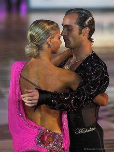 Riccardo Cocchi & Yulia Zagoruychenko - Black patterned mesh with Crystal AB stones.