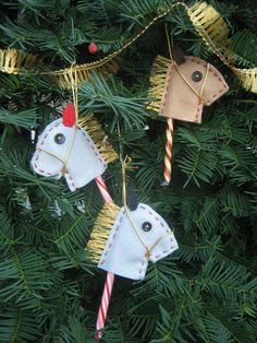 Hobby Horse (Candy cane holder)  (Etsy) (Kyla school goodies..make with paper instead)