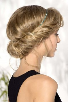 Coiffure mariage cheveux mi-longs avec headband