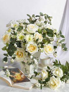 Beautiful Flowers Pictures, Beautiful Flower Arrangements, Romantic Flowers, Wedding Flower Arrangements, Flower Pictures, Pretty Flowers, Floral Arrangements, Flowers For You, Flowers Nature