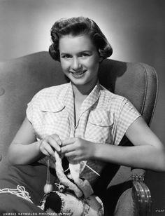 Debbie Reynolds Knitting (ca. 1952 © John Springer Collection/CORBIS)