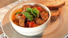 Lam med kokos Chili, Favorite Recipes, Beef, Food, Red Peppers, Meal, Chile, Essen, Chilis