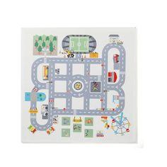 Ce sticker plateau de jeu vous permet de transformer n'importe quelle petite table en un clin d'oeil. Ce joli circuit route promet de belles heures de jeu à votre enfant. Petites voitures et personnages y trouveront leur place.