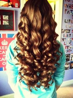 The Ultimate Beauty Guide: How to Grow Your Hair Inches in 2 Weeks ,nice pic but i'm not sure if this is working. Love Hair, Gorgeous Hair, Curled Hairstyles, Pretty Hairstyles, Trending Hairstyles, Curling Wand Hairstyles, Style Hairstyle, Everyday Hairstyles, Weave Hairstyles