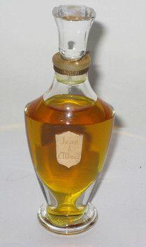 Jean D'Albret Ecusson Perfume - Quirky Finds Vintage