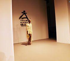 Prince -A.: Tony Bonet Adlib Ibiza Pasarela Costura España