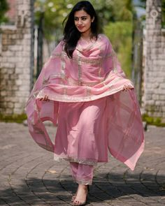 Pink gota embroidered cotton set is part of Indian designer suits - A beautiful kurta set in pink color designed in cotton fabric with gota details Dress Indian Style, Indian Dresses, Indian Outfits, Beautiful Pakistani Dresses, Kurta Designs Women, Salwar Designs, Simple Kurta Designs, Saris, Indian Designer Suits