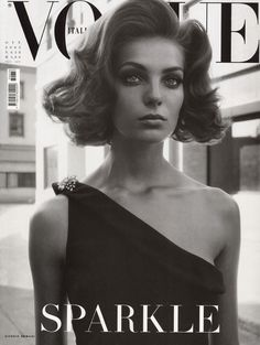 Italian High Fashion Poses Vogue | Vogue Italy cover with Daria Werbowy - October 2003 - ID3230