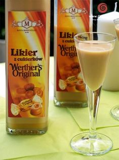 360 g cukierków Werther's Original 500 g mleka zagęszcz… Werthers Recipe, Yummy Drinks, Yummy Food, My Favorite Food, Favorite Recipes, Homemade Alcohol, Polish Recipes, Irish Cream, Smoothie Drinks