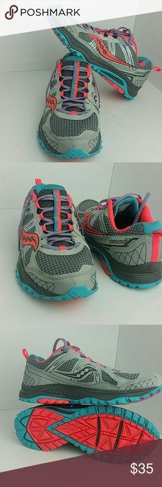 SAUCONY EXCURSION TR 10 WOMEN SHOES VERY CLEAN INSIDE-OUT   SKE # CH-VT saucony  Shoes Athletic Shoes