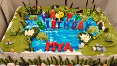 Frog & Swamp Theme. Everything  is edible