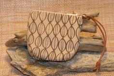 a perfect alternative to a bulky purse Alternative, Earth, Purses, Prints, Handmade, Bags, Collection, Handbags, Handbags