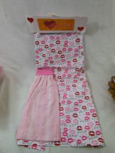 Kitchen Apron  & Attached Dish Towel Lips X's & O'S Red & Pink Wedding Shower #NA