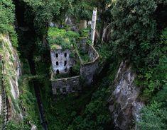Moinho abandonado, em Sorrento, na Itália
