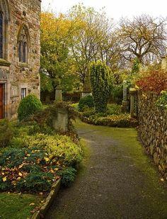 Duddingston Kirk,Scotland.