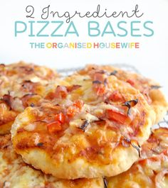 2 Ingredient Pizza Base – great for lunch boxes A very quick and easy recipe to fill the lunchbox, for the kids, hubby (your partner) or yourself. The bases are only 2 Lunch Box Recipes, Snack Recipes, Cooking Recipes, Lunch Ideas, Pizza Recipes, Dinner Ideas, Pastries Recipes, Budget Cooking, Savoury Recipes