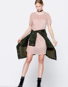 :Short-sleeve metallic dress