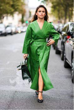 Como todas las temporadas, el Instituto Pantone nos ofrece su Fashion Color Report, que no es ni más ni menos que un análisis de los colores que más predominan en las principales pasarelas N…