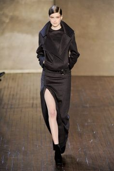 See the complete Akris Fall 2011 Ready-to-Wear collection.