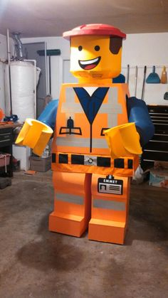 This Handmade Emmet Costume Is Pretty Incredible [Cosplay]