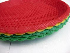 paper plate holders | Vintage Plastic Paper Plate Holders by littlevintageviolet on Etsy & Please Pass The Plate---PLASTIC PAPER PLATE HOLDERS | Plate holder