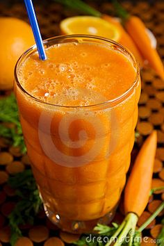 Carrot Apple Smoothie - 2 whole carrots, 1 apple, 2 cups spinach, 1/2 cucumber, and 1/2 cup water