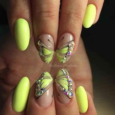 Sunny Shades Of Yellow Nails You Can Try Pastel Yellow Nail Designs with Rhinestones ❤️Sunny Shades of Yellow Nails You Can Try ❤️ See more: naildesignsjourna… Yellow Nails Design, Black Nail Designs, Colorful Nail Designs, Toe Nail Designs, Simple Nail Designs, Black Nails With Glitter, Light Pink Nails, Blue Nails, Pastel Nails