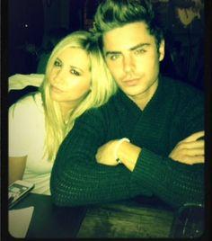 Ashley ja Zac datingVodafone dating sites