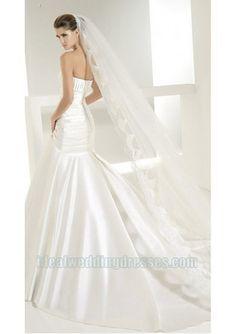 Satin Strapless Straight Neckline Rouched Bodice Applique Beaded in Chapel Train Mermaid New Designer Wedding Dress WD-0568