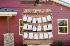 This creative pallet is perfect for printed cards used for seating charts. Plan Your Wedding, Wedding Tips, Wedding Blog, Wedding Venues, Wedding Planning, Wedding Day, Seating Chart Wedding, Seating Charts, Pallet Seating