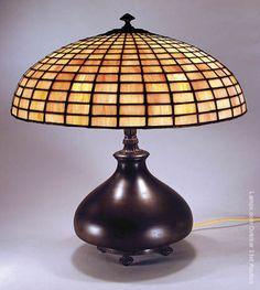 Bradley & Hubbard~Leaded glass lamp~Geometric shade on squatty footed base