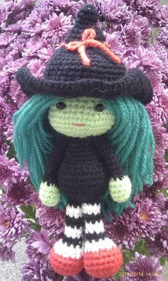 Elphaba Wicked crochet witch Doll by ThePeachPumpkin on Etsy, £16.50